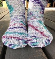 Britts sockor med olika flätor - stick-kit
